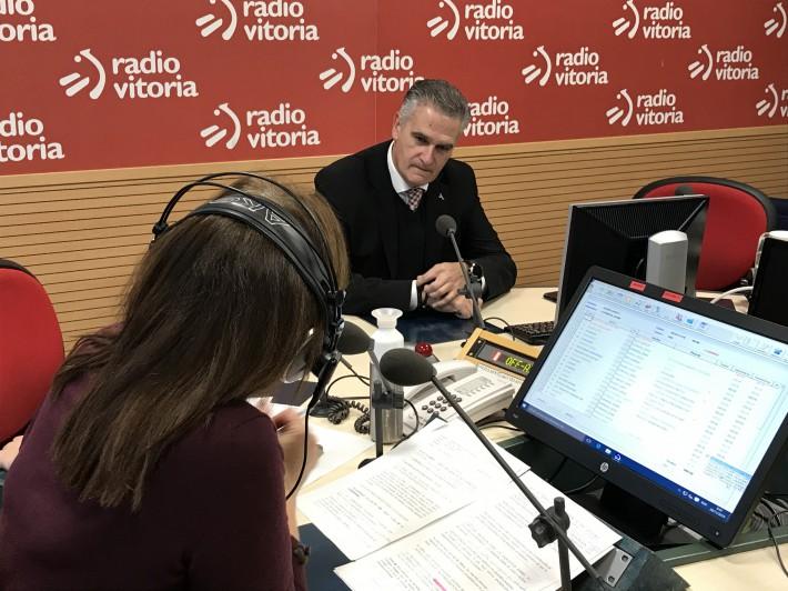"""Juan Ugarte: """"No me preocupa que los jóvenes salgan fuera, me preocupa que no vuelvan"""""""